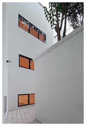 Edificio Rafael Cañas 14
